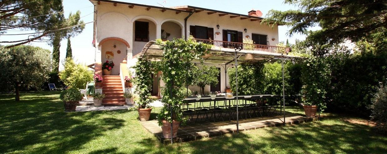 Agriturismo-Peretti-Maremma-Orbetello-Facciata-e1423159317256