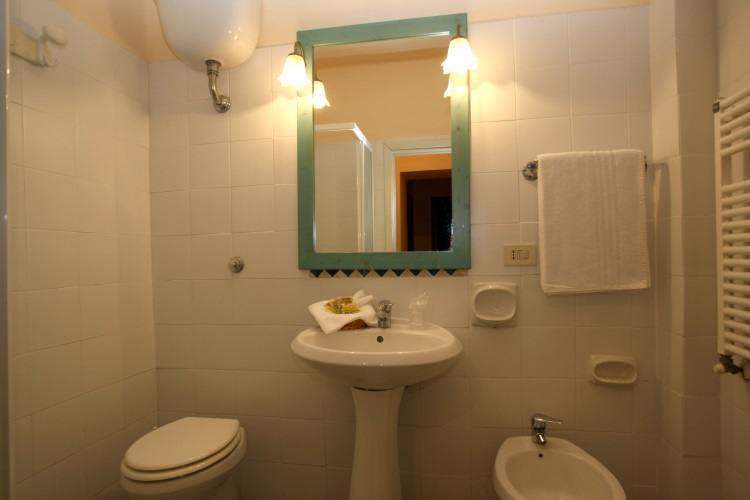 Bagno 2 appartamento Il Dieci Monte Argentario k